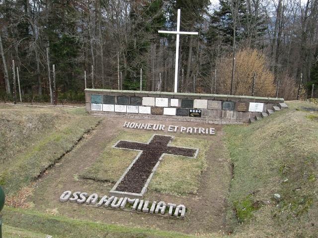 A l'intérieur du Camp du Struthof - La fosse aux cendres
