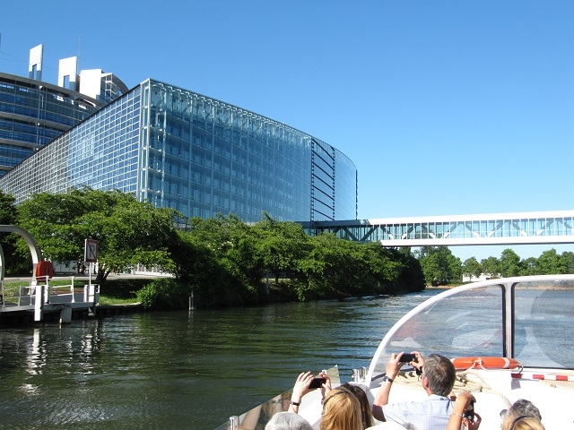 Strasbourg - Visite en Batorama - Le Parlement Européen