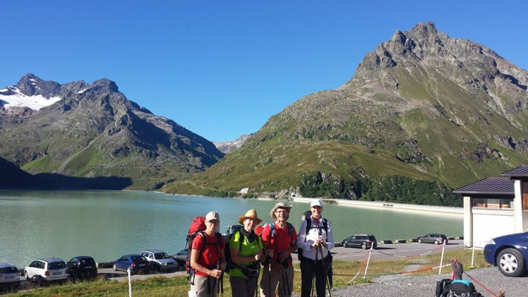 037 L'équipe devant le Lac Silvretta