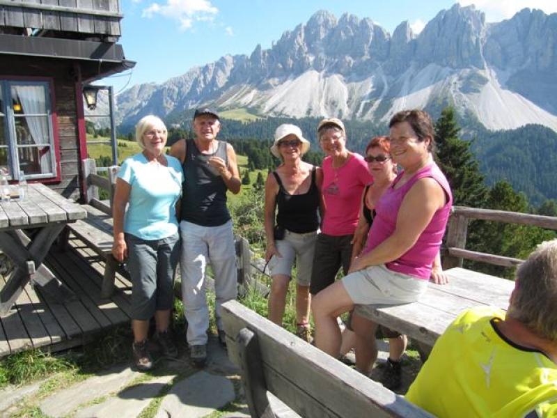 A la Schatzerhütte