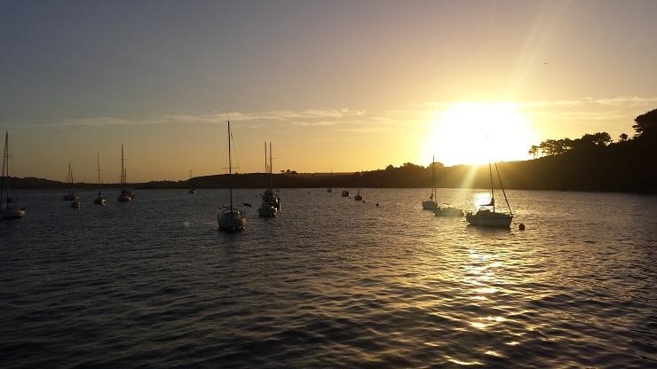 041 Lever de soleil sur le port de Camaret