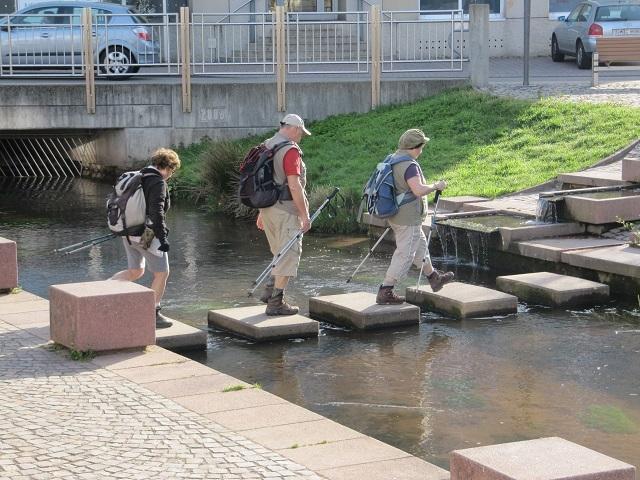 Passage de la rivière Queich à Annweiler