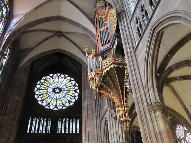 Cathédrale de Strasbourg - La rosace et le grand orgue