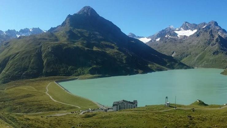 16 Lac Silvretta avec Hohes Rad et Schattenspitze