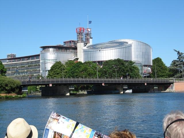 Strasbourg - Visite en Batorama - La Cour Européenne des Droits de l'Homme
