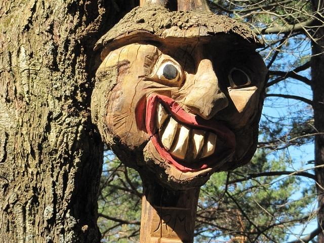 Sculpture en forêt